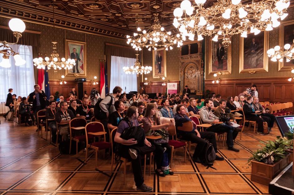 Wir wussten gar nicht, dass es so viele Spielejournalisten in Österreich gibt. Das Pressefrühstück belehrte uns eines besseren